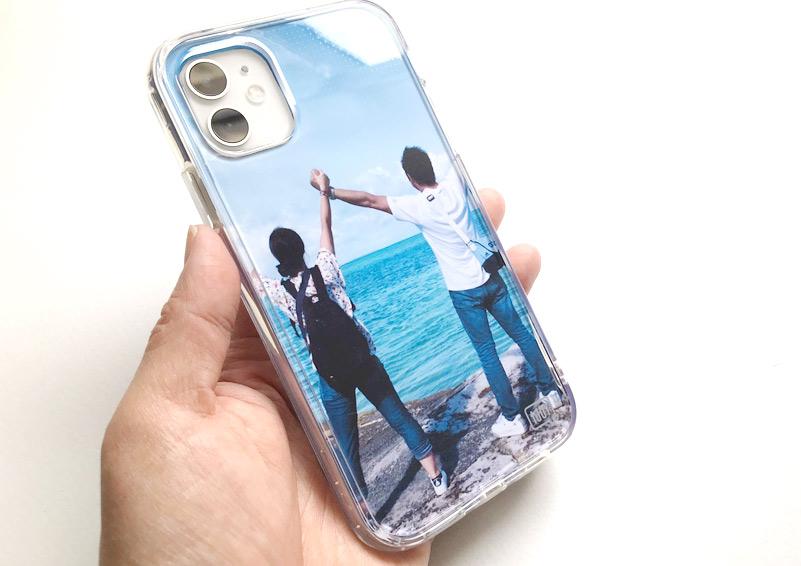 アイジョイiPhone11クリアシリーズを写真でデコってプレゼント