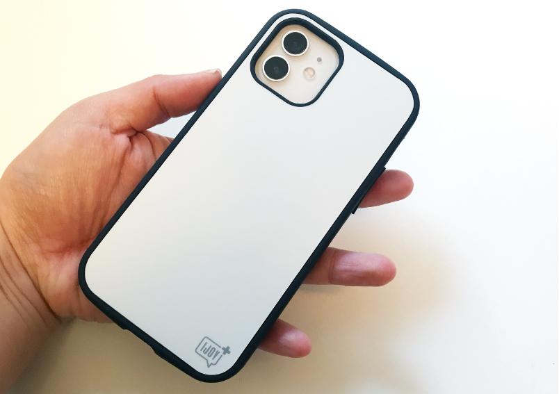 iPhone12対応アイジョイフル抗菌タイプの背面側